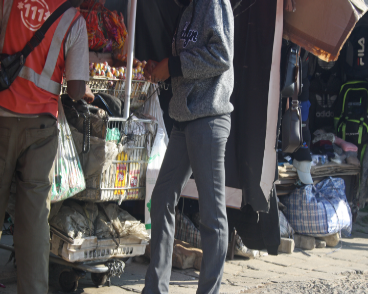 Photo of Post Bank meets street vendors half way