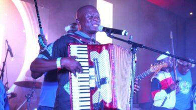 Photo of Entertainers laud Govt